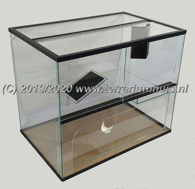 Terrarium voor waterschildpadden 60*40*40 cm.